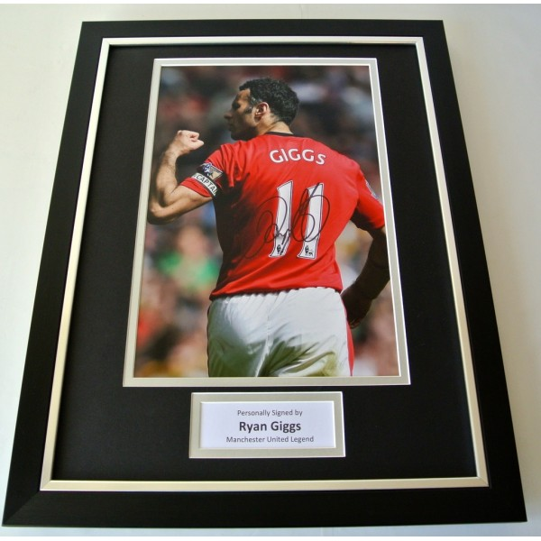 Ryan Giggs SIGNED FRAMED Photo Autograph 16x12 display Manchester United & COA