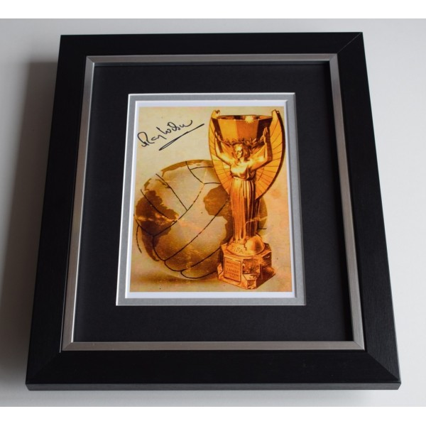 Ray Wilson SIGNED 10X8 FRAMED Photo Autograph England World Cup 1966 Display COA AFTAL Football Memorabilia