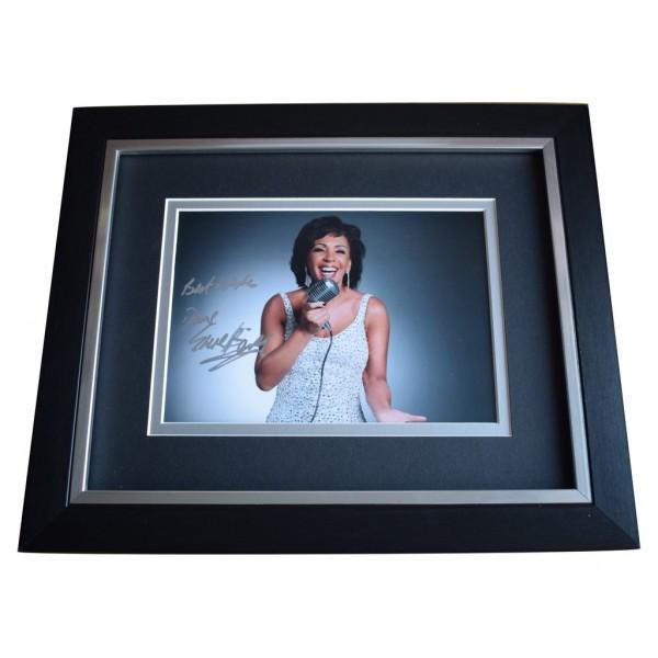 Shirley Bassey SIGNED 10x8 FRAMED Photo Autograph Display Music  AFTAL  COA Memorabilia PERFECT GIFT