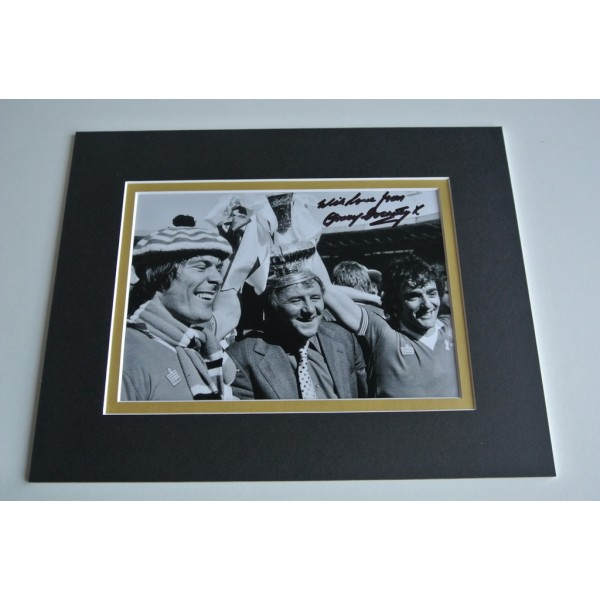 Tommy Docherty Signed Autograph 10x8 photo display Manchester United  COA & AFTAL Memorabilia PERFECT GIFT