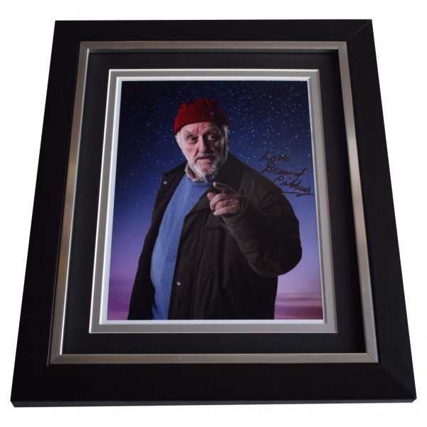 Bernard Cribbins SIGNED 10x8 FRAMED Photo Autograph Display Doctor Who  AFTAL  COA Memorabilia PERFECT GIFT