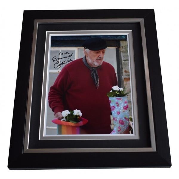 Bernard Cribbins SIGNED 10x8 FRAMED Photo Autograph Display Old Jacks Boat TV AFTAL  COA Memorabilia PERFECT GIFT