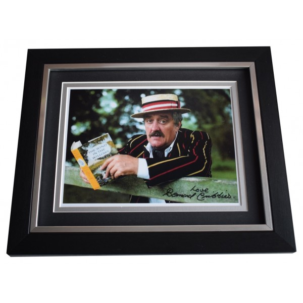 Bernard Cribbins SIGNED 10x8 FRAMED Photo Autograph Display Jackanory TV AFTAL  COA Memorabilia PERFECT GIFT