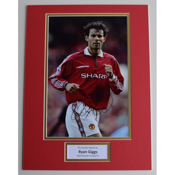 Ryan Giggs SIGNED autograph 16x12 photo display Manchester United AFTAL & COA AFTAL MEMORABILIA
