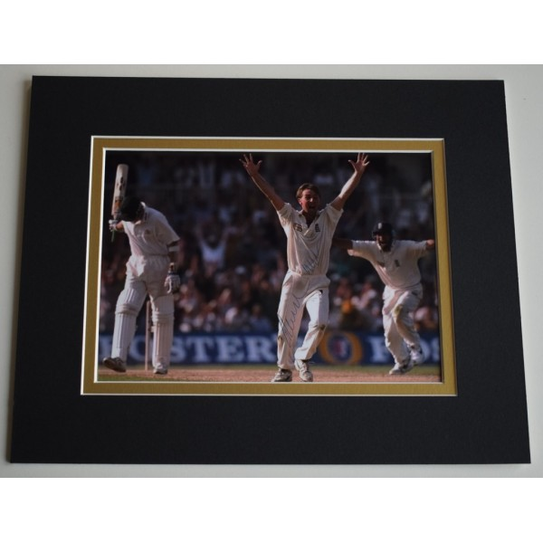 Phil Tufnell Signed Autograph 10x8 photo display England Cricket   AFTAL &  COA Memorabilia PERFECT GIFT