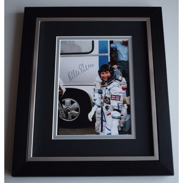 Helen Sharman SIGNED 10x8 FRAMED Photo Autograph Display MIR Space Station AFTAL &  COA Memorabilia PERFECT GIFT