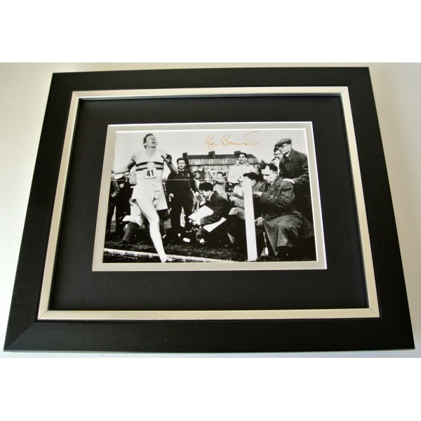Roger Bannister SIGNED 10x8 FRAMED Photo Autograph Display Sub 4 Minute Mile COA  PERFECT GIFT