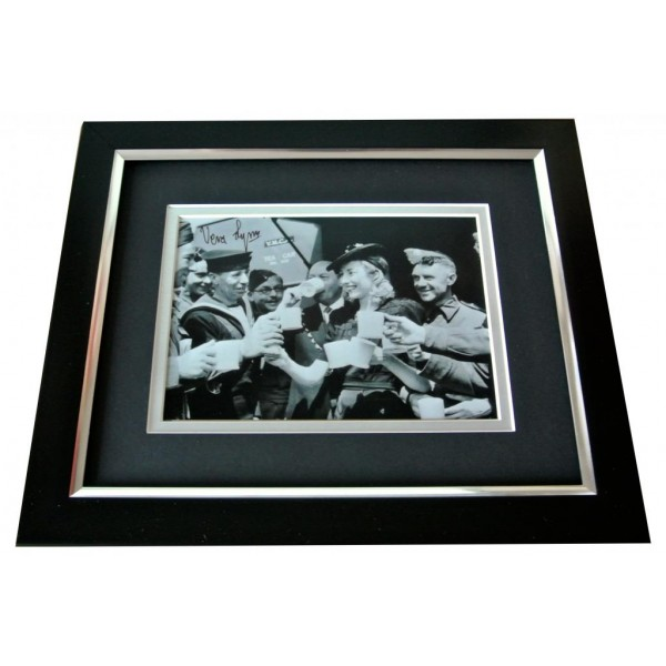 Vera Lynn Signed 10x8 FRAMED Photo Autograph Display WW2 Forces Music & COA PERFECT GIFT