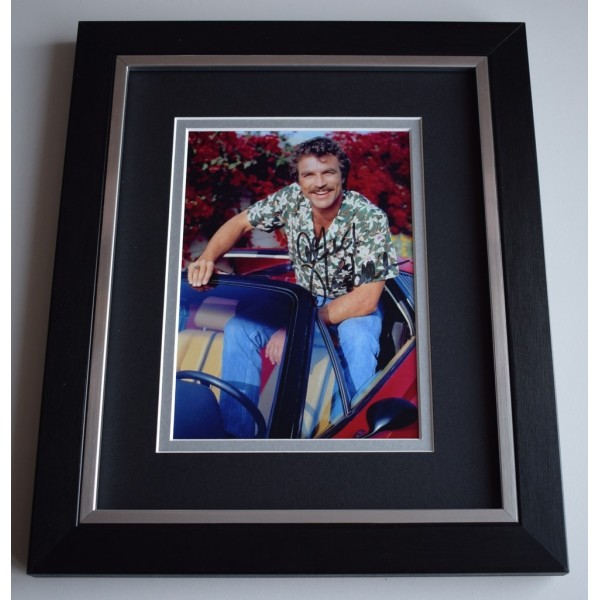 Tom Selleck SIGNED 10x8 FRAMED Photo Autograph Display TV Magnum Hawaii 5 0    AFTAL &  COA Memorabilia PERFECT GIFT