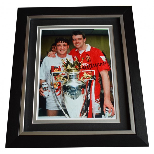 Gary Pallister SIGNED 10x8 FRAMED Photo Autograph Display Manchester United  AFTAL  COA Memorabilia PERFECT GIFT