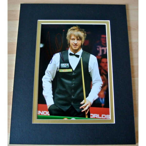 JUDD TRUMP HAND SIGNED AUTOGRAPH 10X8 PHOTO MOUNT DISPLAY SNOOKER CHAMPION  COA    PERFECT GIFT