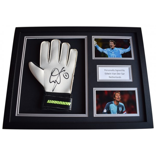 Edwin van der Sar Signed FRAMED Goalkeeper Glove 16x12 photo display Netherlands FC AFTAL  COA Memorabilia PERFECT GIFT
