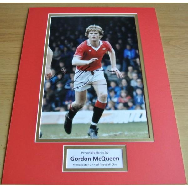 Gordon McQueen SIGNED autograph 16x12 photo display Manchester United & COA Memorabilia AFTAL