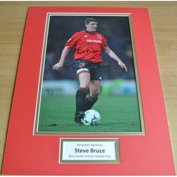 Steve Bruce SIGNED autograph 16x12 photo display Manchester United Football COA   PERFECT GIFT