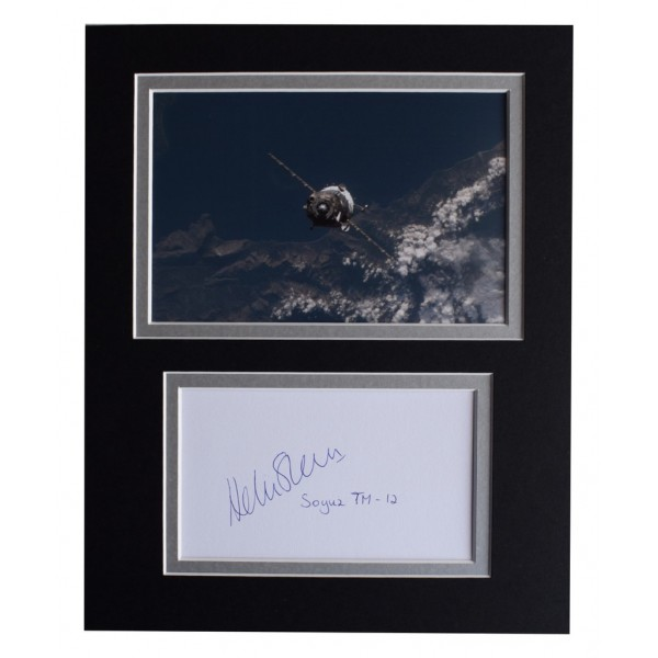 Helen Sharman Signed Autograph 10x8 photo display MIR Space Station AFTAL  COA Memorabilia PERFECT GIFT