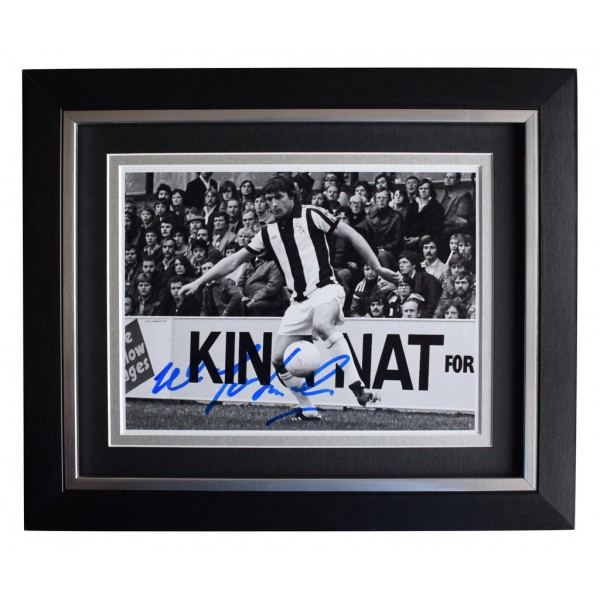 Willie Johnston SIGNED 10x8 FRAMED Photo Autograph Display West Brom   AFTAL  COA Memorabilia PERFECT GIFT
