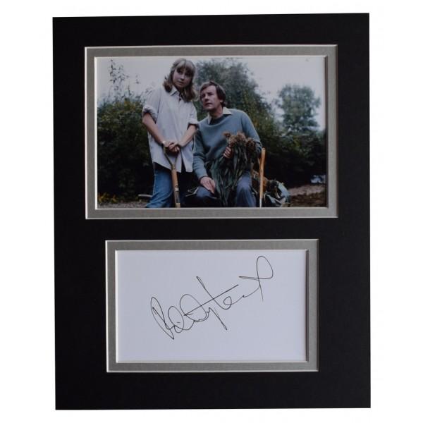 Felicity Kendal Signed Autograph 10x8 photo display The Good Life TV  AFTAL  COA Memorabilia PERFECT GIFT