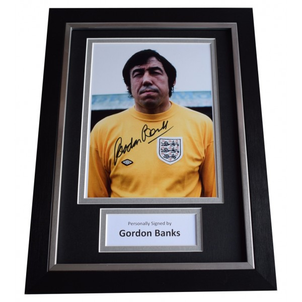 Gordon Banks Signed A4 FRAMED Autograph Photo Display England Football AFTAL  COA Memorabilia PERFECT GIFT