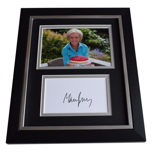 Mary Berry SIGNED 10x8 FRAMED Photo Mount Autograph Display British Bake Off AFTAL  COA Memorabilia PERFECT GIFT