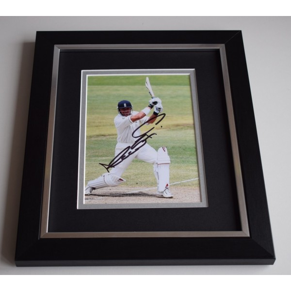 Alec Stewart SIGNED 10X8 FRAMED Photo Autograph England Cricket Ashes  AFTAL & COA Memorabilia PERFECT GIFT