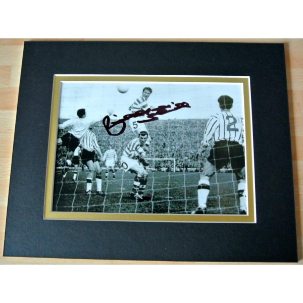BILLY McNEILL HAND SIGNED AUTOGRAPH 10X8 PHOTO MOUNT DISPLAY CELTIC GIFT & COA    PERFECT GIFT