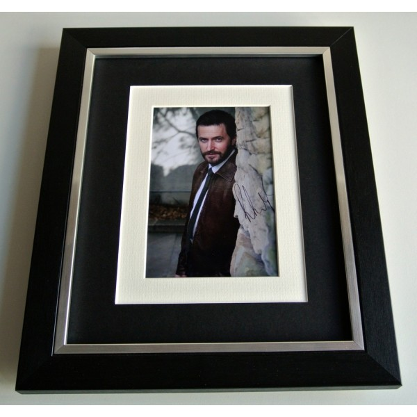 Richard Armitage SIGNED 10x8 FRAMED Photo Autograph Display Spooks TV Film & COA    PERFECT GIFT