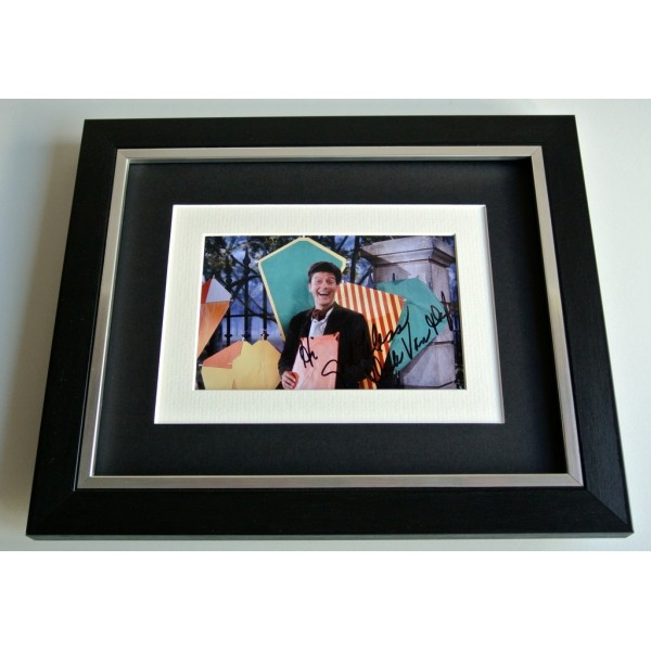 Dick van Dyke SIGNED 10x8 FRAMED Photo Autograph Display Mary Poppins Film COA         PERFECT GIFT