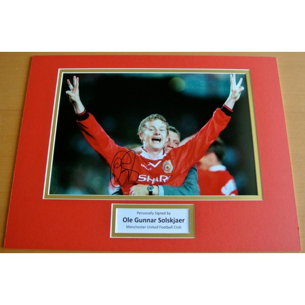OLE GUNNAR SOLSKJAER HAND SIGNED AUTOGRAPH 16x12 PHOTO MOUNT DISPLAY MAN UTD COA PERFECT GIFT