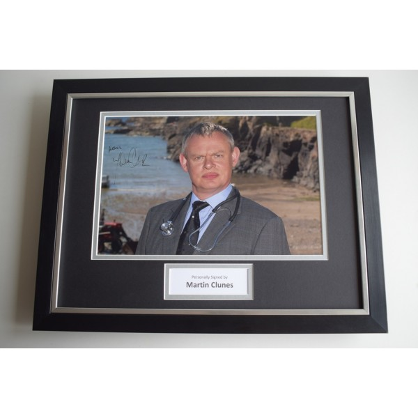Martin Clunes SIGNED FRAMED Photo Mount Autograph 16x12 display Doc Martin AFTAL & COA Memorabilia PERFECT GIFT