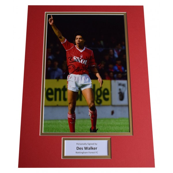 Des Walker SIGNED autograph 16x12 photo display Nottingham Forest  AFTAL  COA Memorabilia PERFECT GIFT