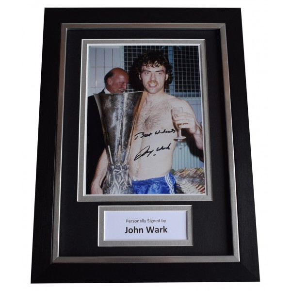 John Wark Signed A4 FRAMED Autograph Photo Display Ipswich Football  AFTAL  COA Memorabilia PERFECT GIFT