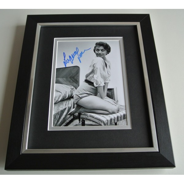 Sophia Loren SIGNED 10x8 FRAMED Photo Autograph Display Hollywood Film & COA      PERFECT GIFT