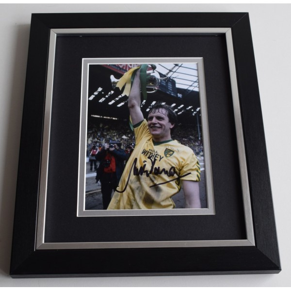 Mick Channon SIGNED 10X8 FRAMED Photo Autograph Norwich City AFTAL & COA Memorabilia PERFECT GIFT