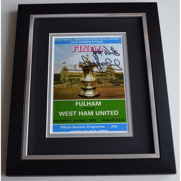 Trevor Brooking SIGNED 10x8 FRAMED Photo Autograph Display West Ham United   AFTAL  COA Memorabilia PERFECT GIFT