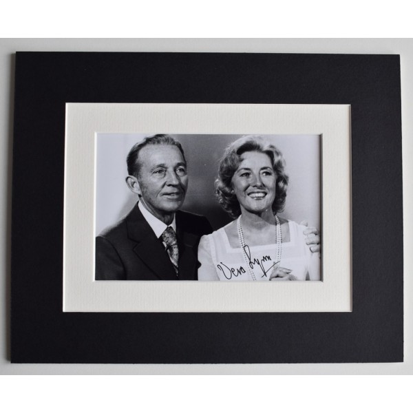 Vera Lynn Signed Autograph 10x8 photo display Forces Sweetheart Music   AFTAL  COA Memorabilia PERFECT GIFT