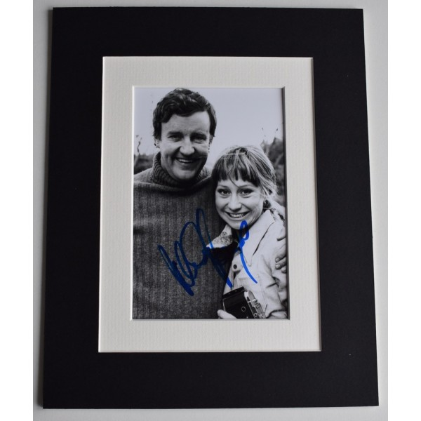 Felicity Kendal Signed Autograph 10x8 photo display The Good Life TV    AFTAL  COA Memorabilia PERFECT GIFT