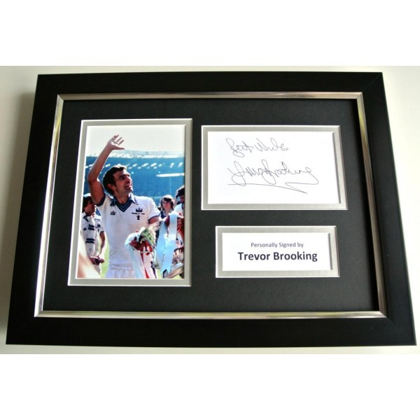 Trevor Brooking SIGNED A4 FRAMED Photo Autograph Display West Ham PROOF & COA PERFECT GIFT