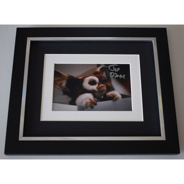 Joe Dante SIGNED 10X8 FRAMED Photo Autograph Display Gremlins Film  AFTAL  COA Memorabilia PERFECT GIFT