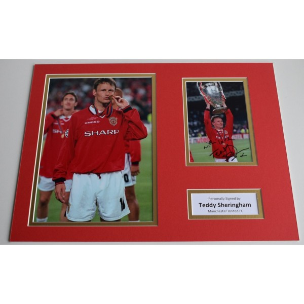 Teddy Sheringham SIGNED autograph 16x12 photo display Manchester United  AFTAL & COA Memorabilia PERFECT GIFT