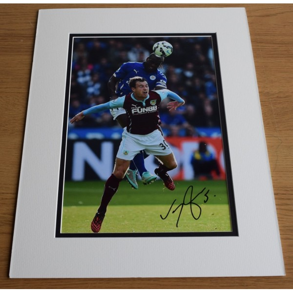 Wes Morgan SIGNED autograph 16x12 LARGE photo display Leicester City AFTAL & COA Memorabilia PERFECT GIFT