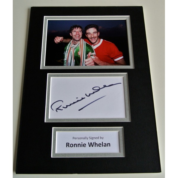 Ronnie Whelan Signed Autograph A4 photo display Liverpool Ireland & COA     PERFECT GIFT