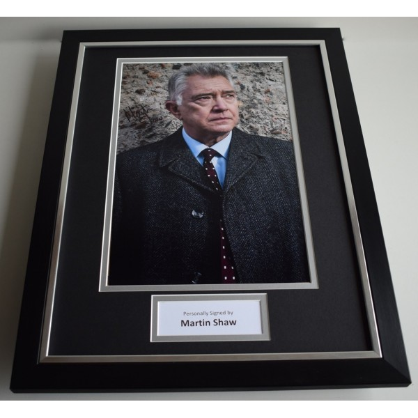 Martin Shaw SIGNED FRAMED Photo Autograph 16x12 display Inspector George Gently AFTAL & COA Memorabilia PERFECT GIFT