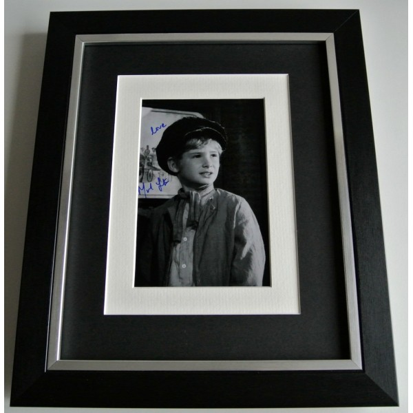 Mark Lester SIGNED 10x8 FRAMED Photo Autograph DisplayOliver Film Musical & COA PERFECT GIFT