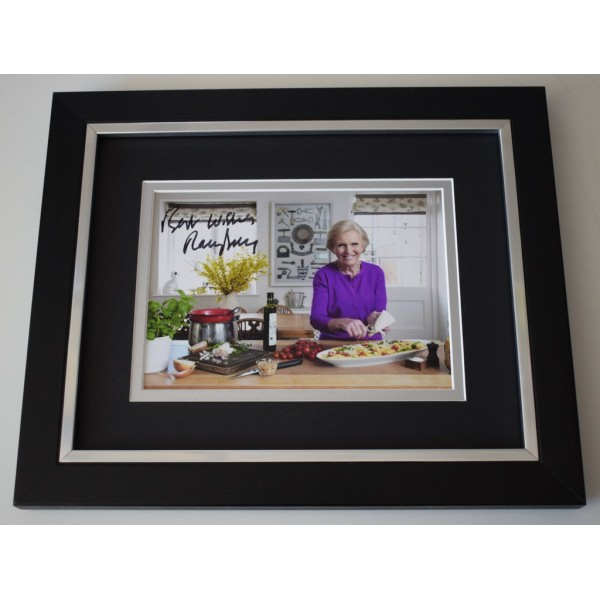 Mary Berry SIGNED 10x8 FRAMED Photo Autograph Display TV Bake Off AFTAL  COA Memorabilia