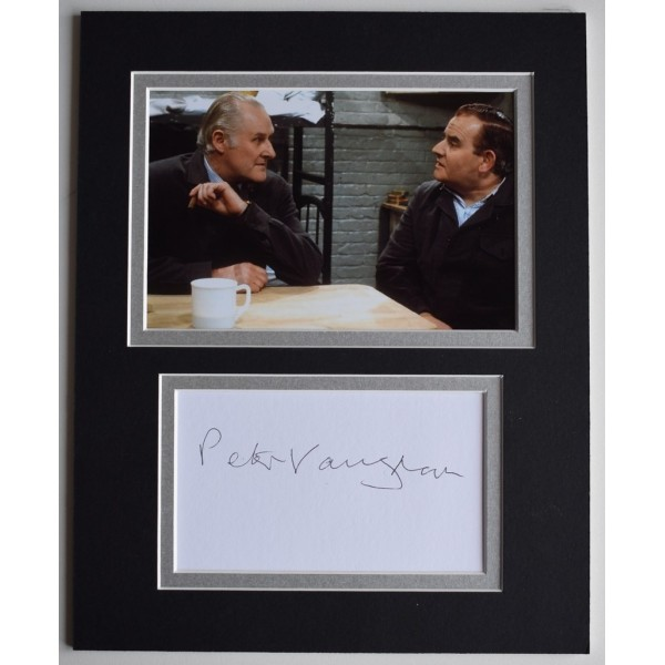 Peter Vaughan Signed Autograph 10x8 photo mount display TV Porridge AFTAL  COA Memorabilia PERFECT GIFT
