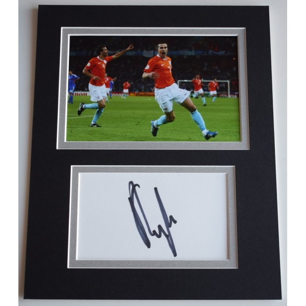 Robin van Persie Signed Autograph 10x8 photo display Holland Football  AFTAL  COA Memorabilia PERFECT GIFT