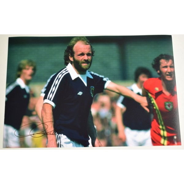 Archie Gemmill SIGNED 12x8 Photo Autograph Scotland Football  AFTAL  COA Memorabilia PERFECT GIFT