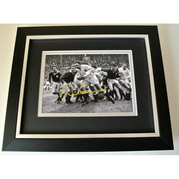 Bill Beaumont Signed 10x8 FRAMED photo Autograph display England Rugby PROOF COA