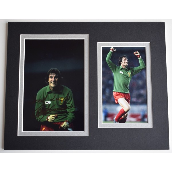 Ray Clemence Signed Autograph 10x8 photo display Liverpool Football AFTAL  COA Memorabilia PERFECT GIFT