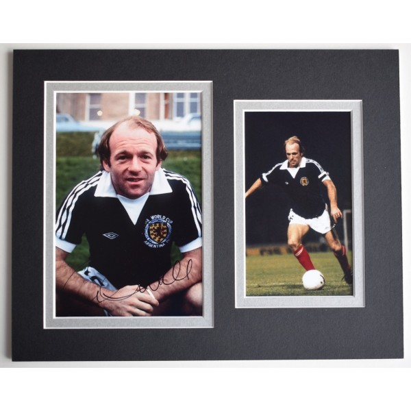 Archie Gemmill Signed Autograph 10x8 photo display Scotland Football   AFTAL  COA Memorabilia PERFECT GIFT